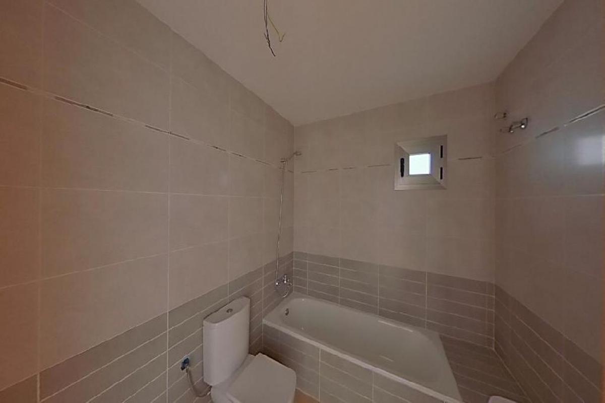Piso en venta en Piso en Carboneras, Almería, 82.000 €, 2 habitaciones, 89 m2