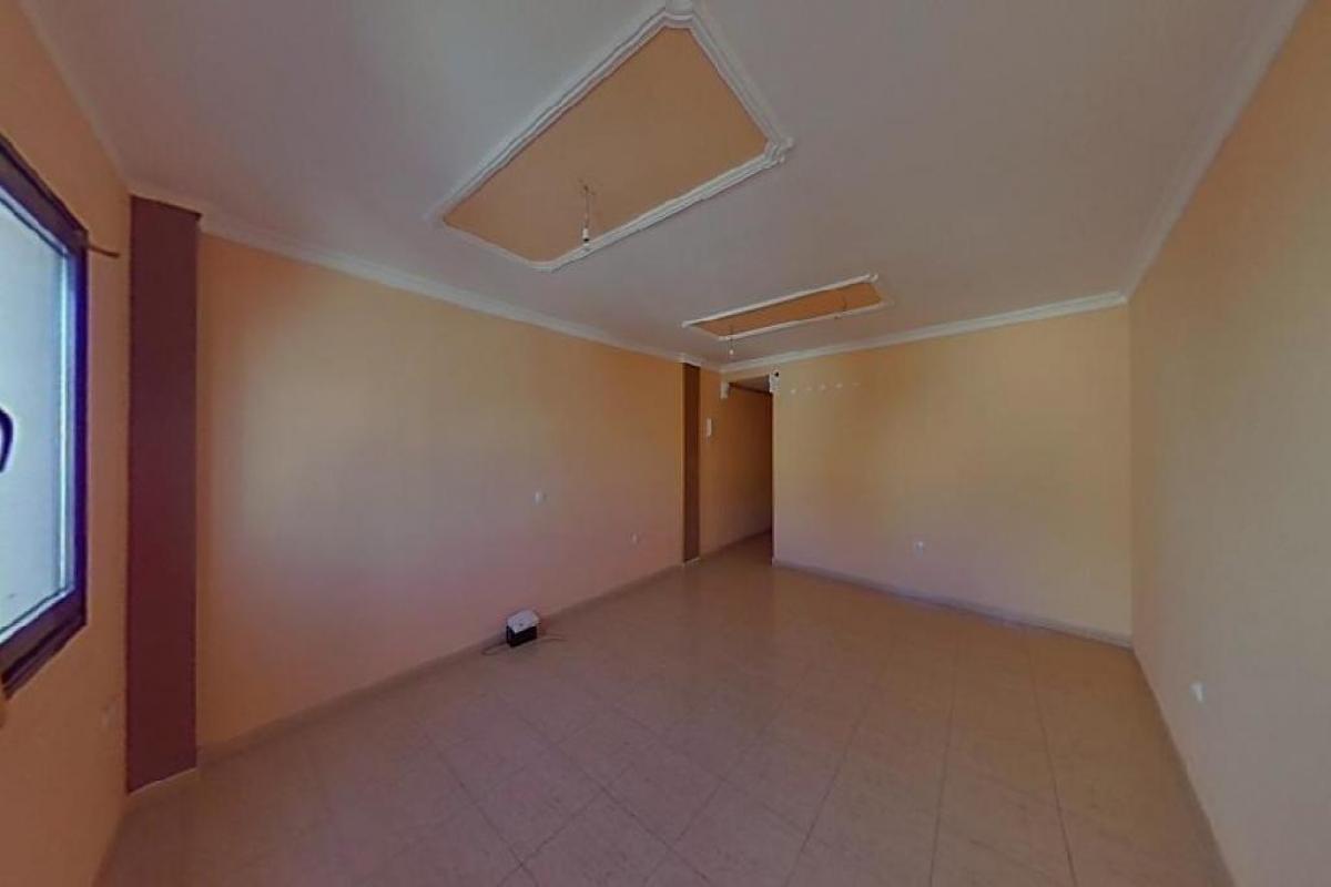 Piso en venta en La Vega, Arrecife, Las Palmas, Calle Coronel Benz, 117.500 €, 3 habitaciones, 2 baños, 113 m2