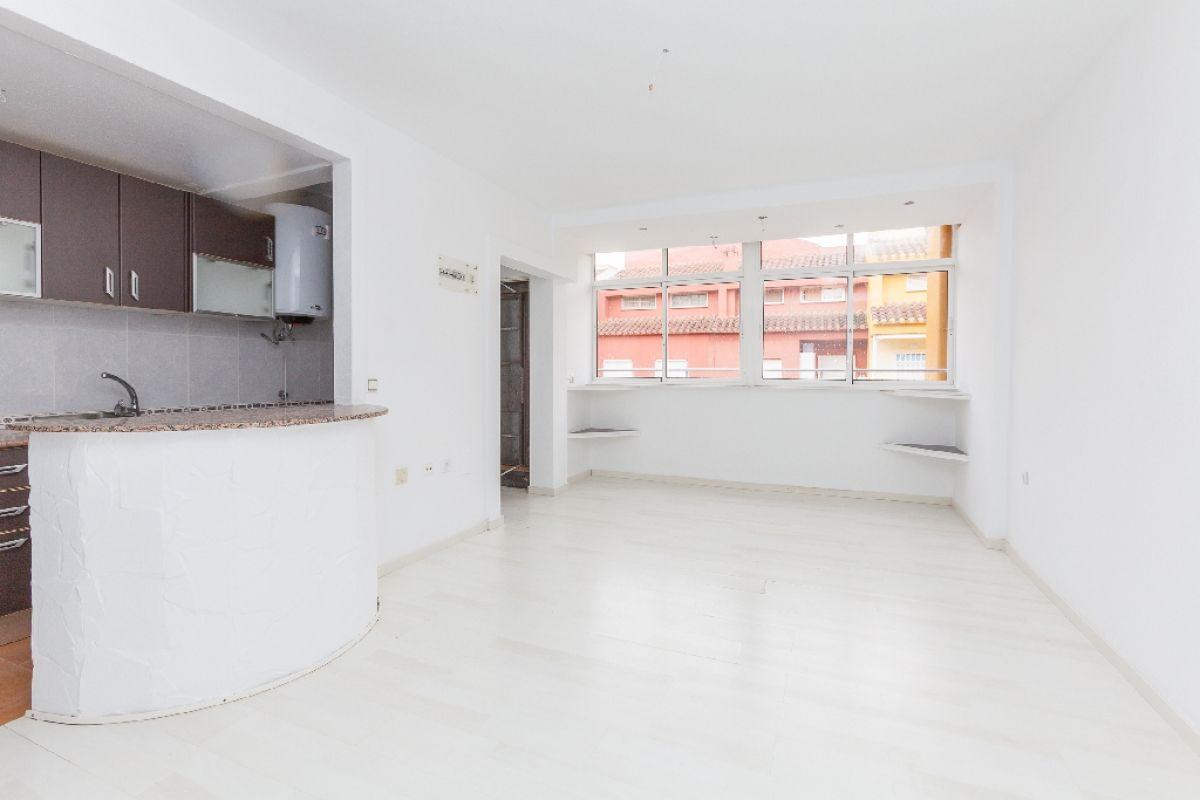 Piso en venta en Torrevieja, Alicante, Calle Eliseos Playa, 76.000 €, 2 habitaciones, 1 baño, 52 m2