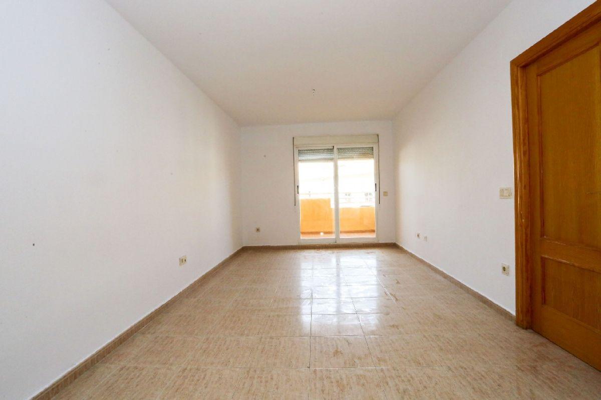 Piso en venta en Gandia, Valencia, Calle Llavador, 112.500 €, 2 habitaciones, 1 baño, 73,5 m2