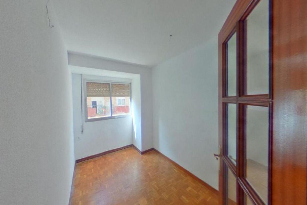 Piso en venta en Piso en Gandia, Valencia, 87.000 €, 5 habitaciones, 2 baños, 146 m2