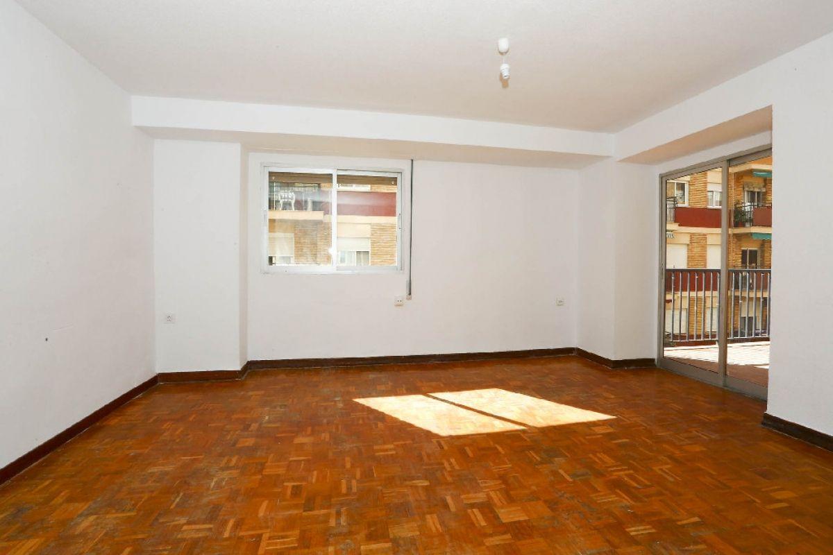 Piso en venta en Gandia, Valencia, Calle Abad Sola, 91.500 €, 5 habitaciones, 2 baños, 146 m2