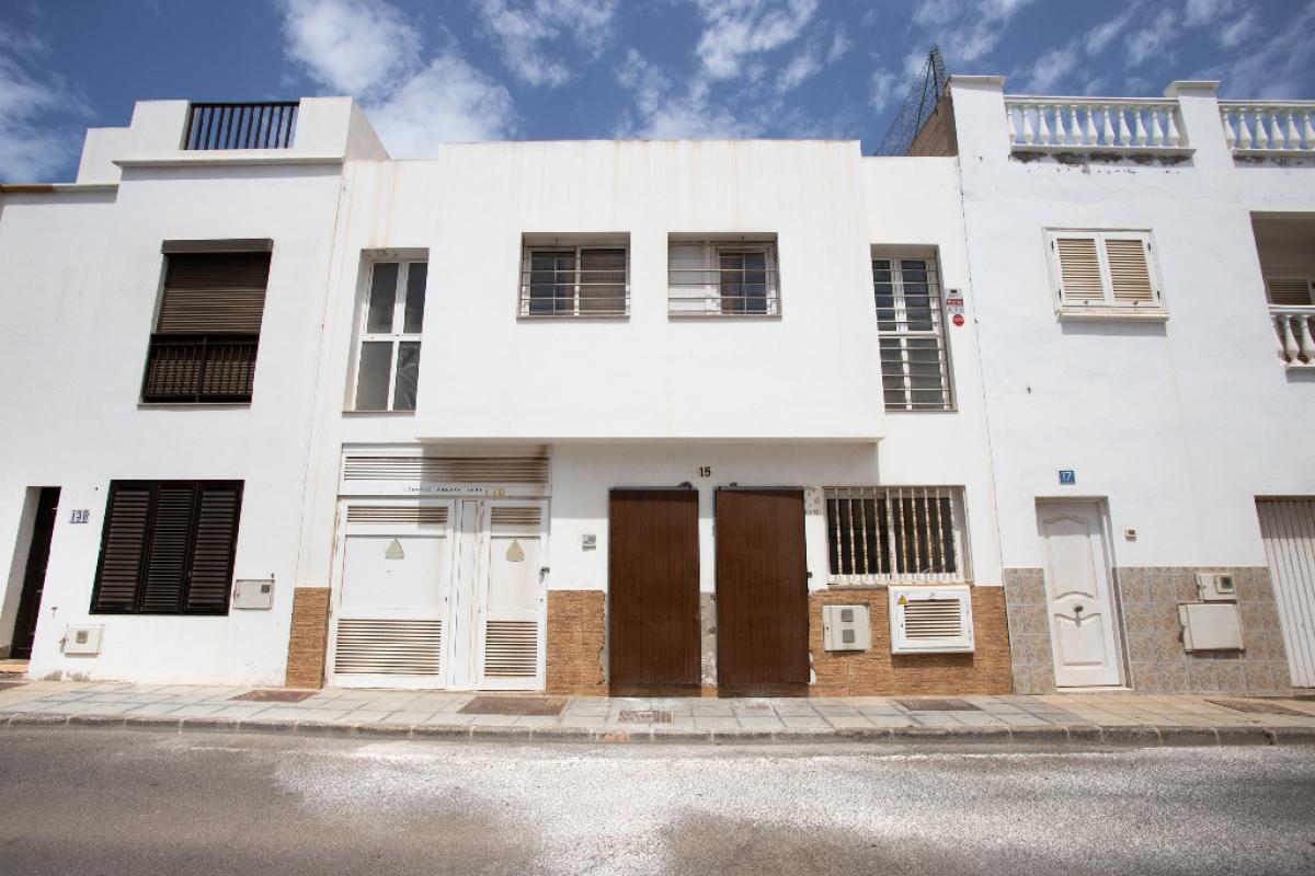 Piso en venta en Ezcaray, Arrecife, Las Palmas, Calle Cribo, 47.000 €, 1 habitación, 1 baño, 52 m2