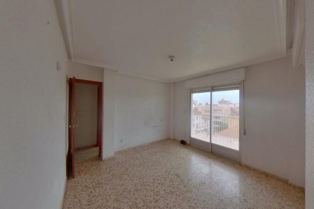 Piso en venta en Gran Alacant, Santa Pola, Alicante, Calle Albacete, 86.000 €, 3 habitaciones, 102 m2