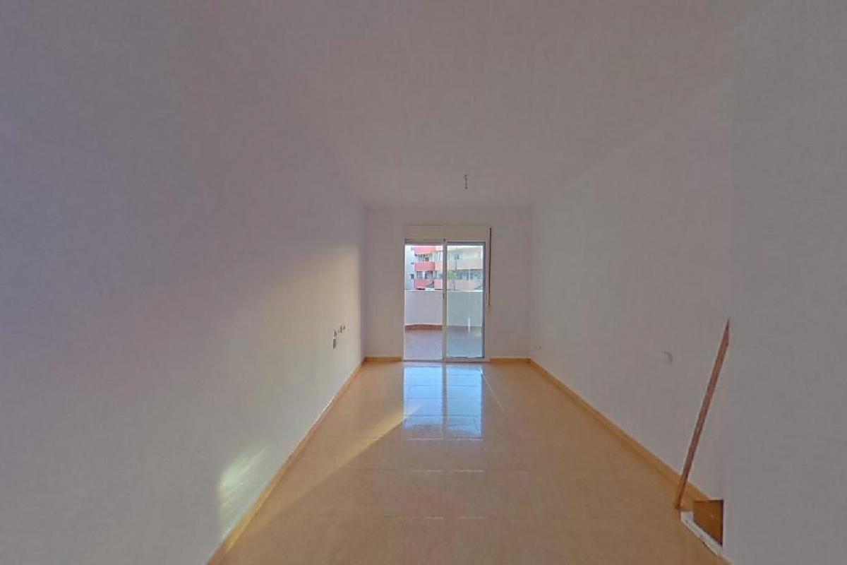 Piso en venta en Bañet, Almoradí, Alicante, Avenida Daya Nueva, 52.000 €, 4 habitaciones, 2 baños, 80 m2