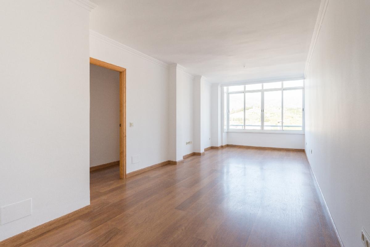 Piso en venta en Almuñécar, Granada, Calle Cuesta de la Maravillas, 112.500 €, 3 habitaciones, 2 baños, 89 m2