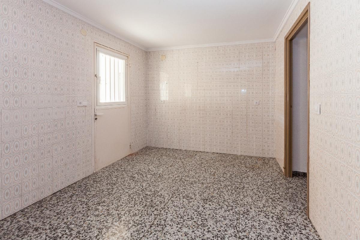 Piso en venta en Plans, la Villajoyosa/vila, Alicante, Calle Cervantes, 87.130 €, 3 habitaciones, 1 baño, 89 m2