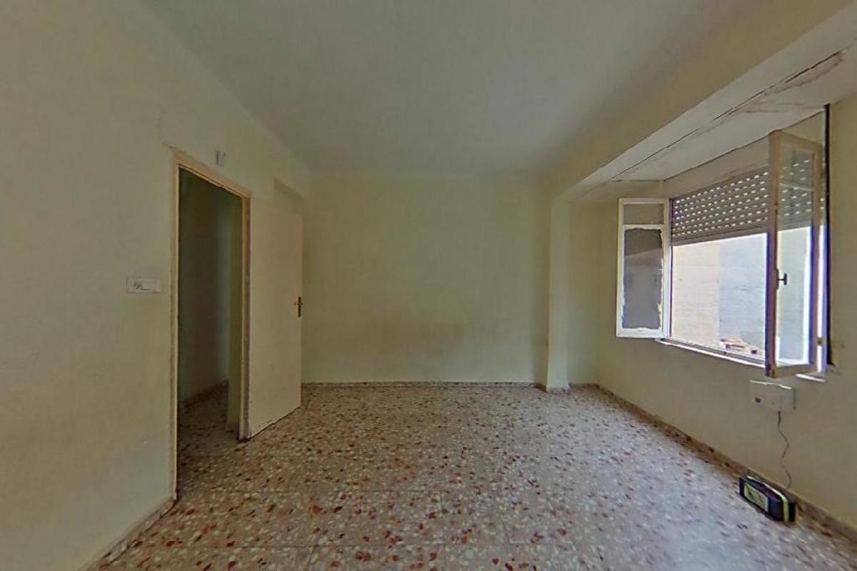 Piso en venta en Molina de Segura, Murcia, Calle Escultor Gil Riquelme, 45.000 €, 3 habitaciones, 2 baños, 140 m2