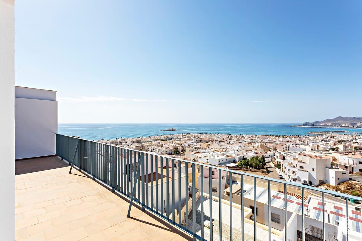Piso en venta en Piso en Carboneras, Almería, 79.000 €, 2 habitaciones, 2 baños, 97 m2