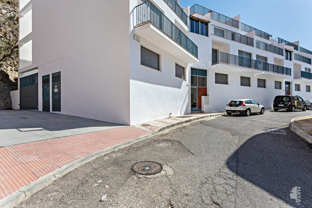 Piso en venta en Piso en Carboneras, Almería, 64.000 €, 2 habitaciones, 2 baños, 96 m2