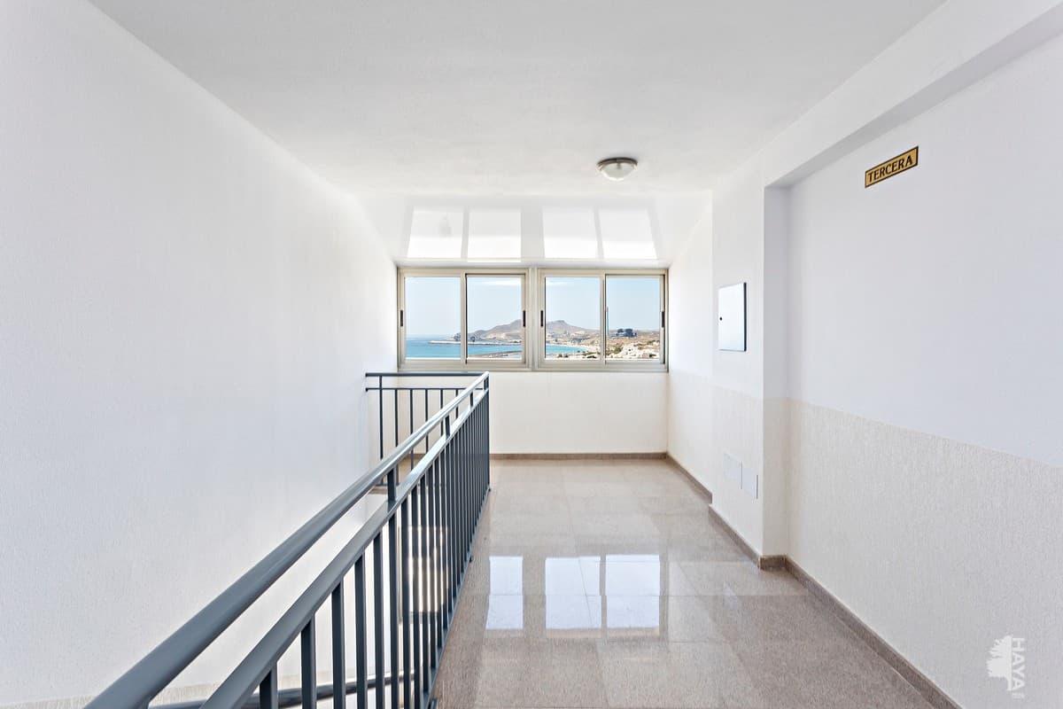Piso en venta en Piso en Carboneras, Almería, 94.000 €, 2 habitaciones, 2 baños, 105 m2