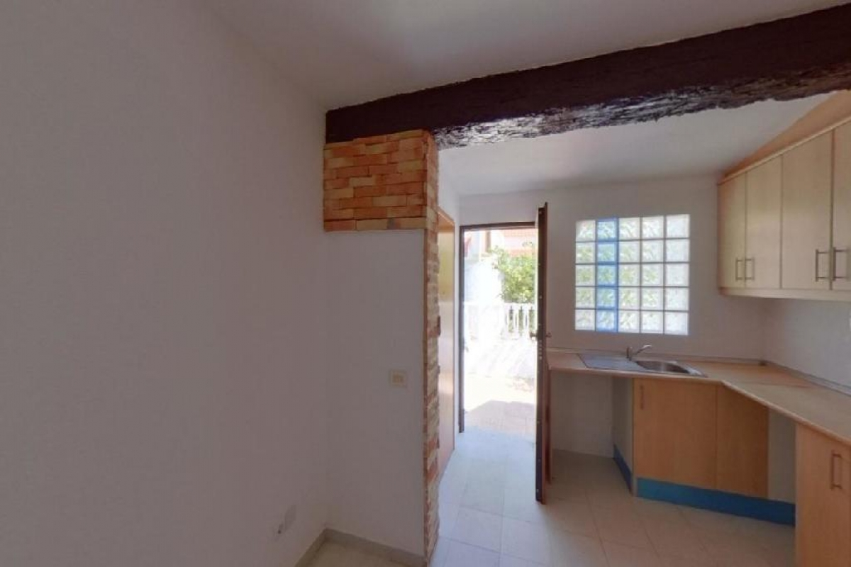 Casa en venta en Casa en Torrevieja, Alicante, 128.000 €, 3 habitaciones, 2 baños, 99 m2