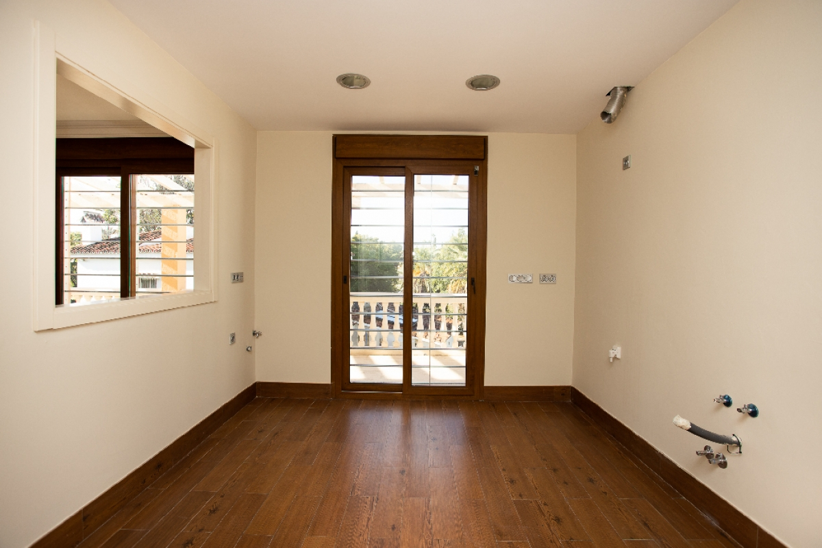 Casa en venta en Casa en Marbella, Málaga, 1.081.500 €, 4 habitaciones, 4 baños, 348 m2
