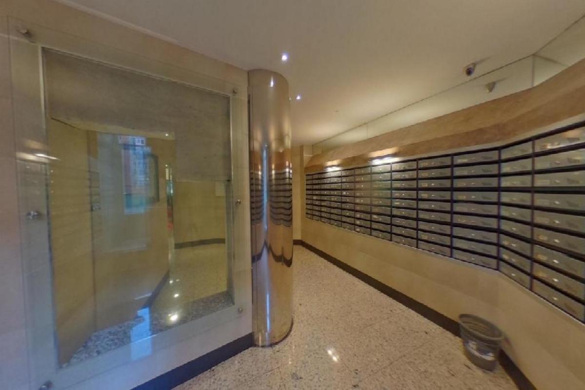 Piso en venta en Piso en Oviedo, Asturias, 195.000 €, 3 habitaciones, 1 baño, 129 m2