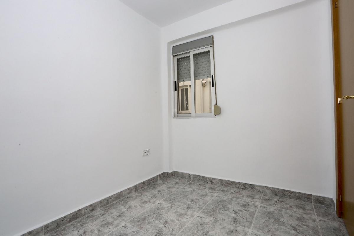 Piso en venta en Piso en Paiporta, Valencia, 45.500 €, 3 habitaciones, 1 baño, 65 m2