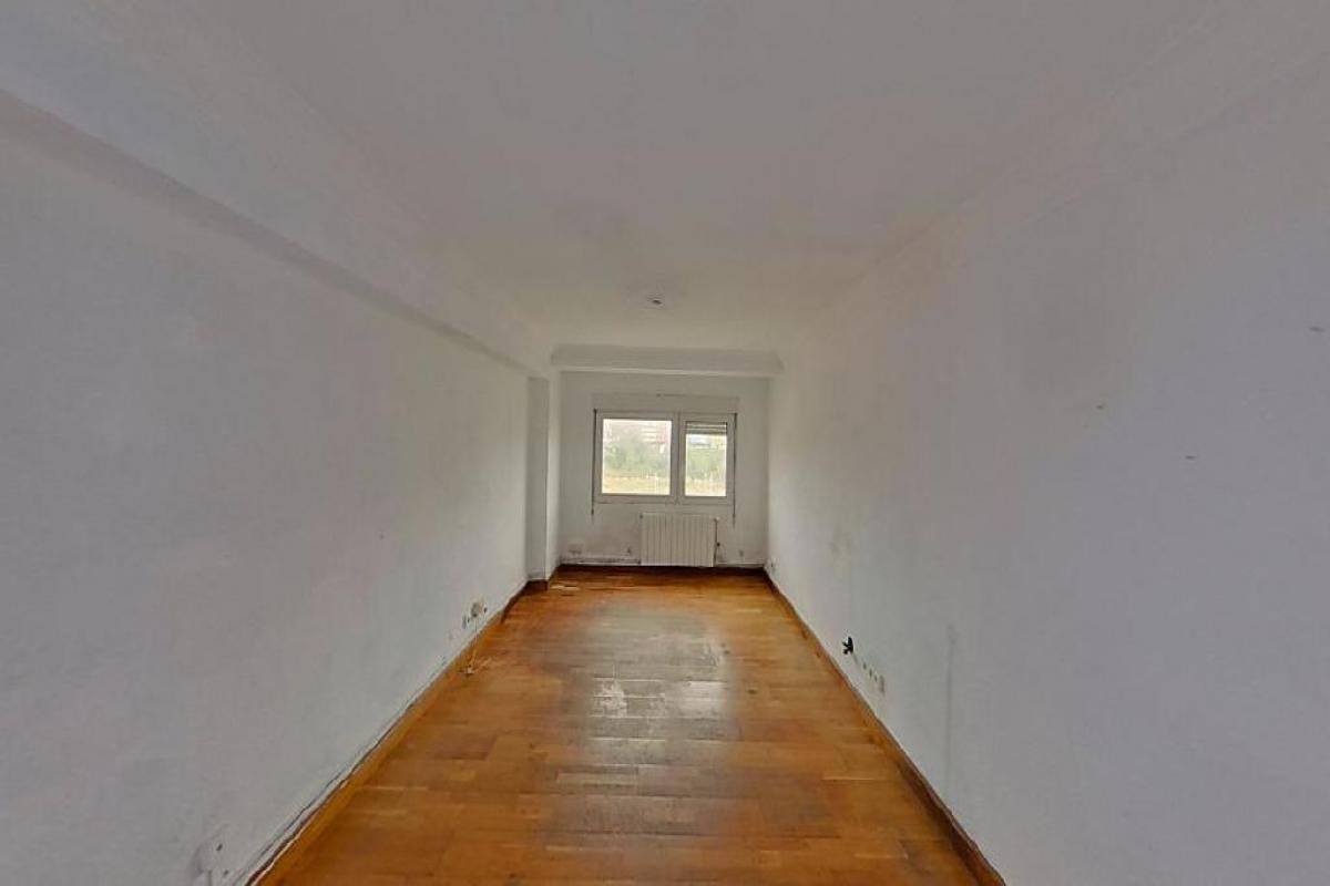 Piso en venta en Marqués de Valdecilla, Santander, Cantabria, Calle Castilla, 125.500 €, 3 habitaciones, 1 baño, 94 m2