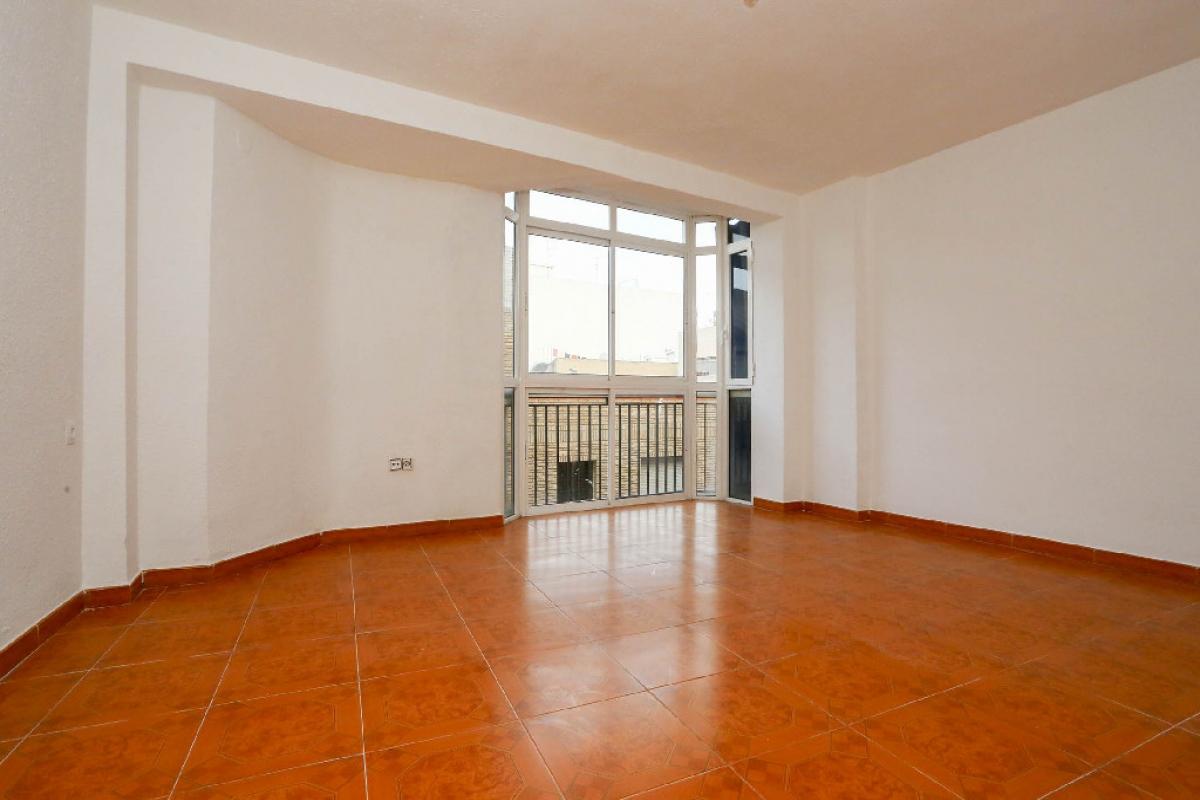 Piso en venta en Monte Vedat, Torrent, Valencia, Calle Santo Tomas, 62.000 €, 4 habitaciones, 1 baño, 101 m2