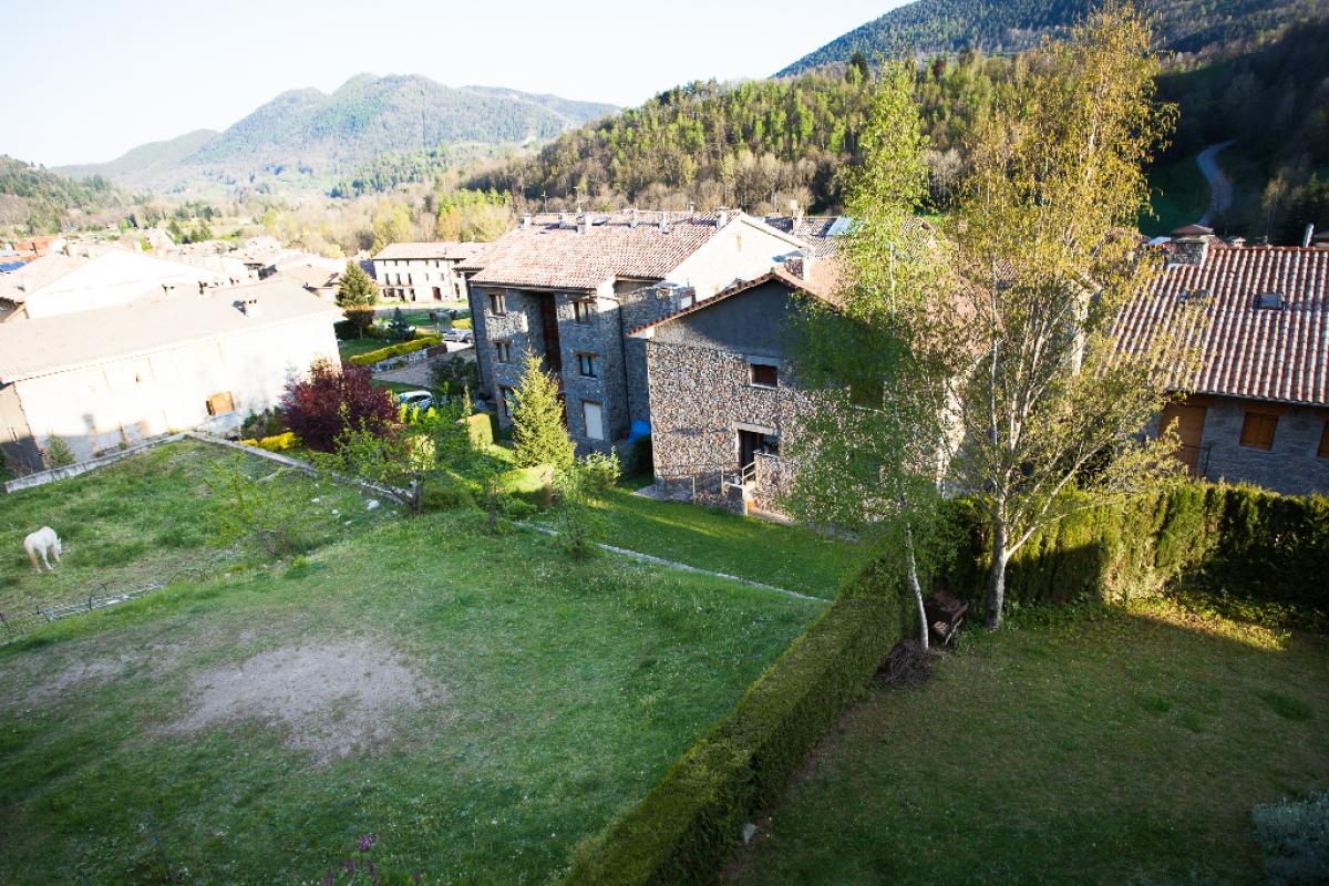 Piso en venta en Piso en Llanars, Girona, 198.000 €, 2 habitaciones, 2 baños, 137 m2