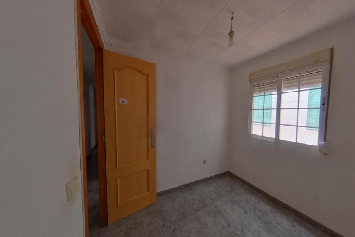 Piso en venta en Piso en Valencia, Valencia, 94.500 €, 3 habitaciones, 1 baño, 83 m2