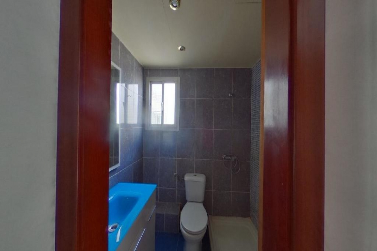 Piso en venta en Piso en Valencia, Valencia, 90.000 €, 3 habitaciones, 1 baño, 71 m2