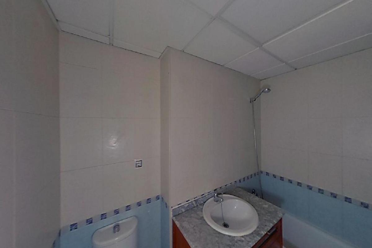 Piso en venta en Piso en Alicante/alacant, Alicante, 184.000 €, 3 habitaciones, 2 baños, 127 m2