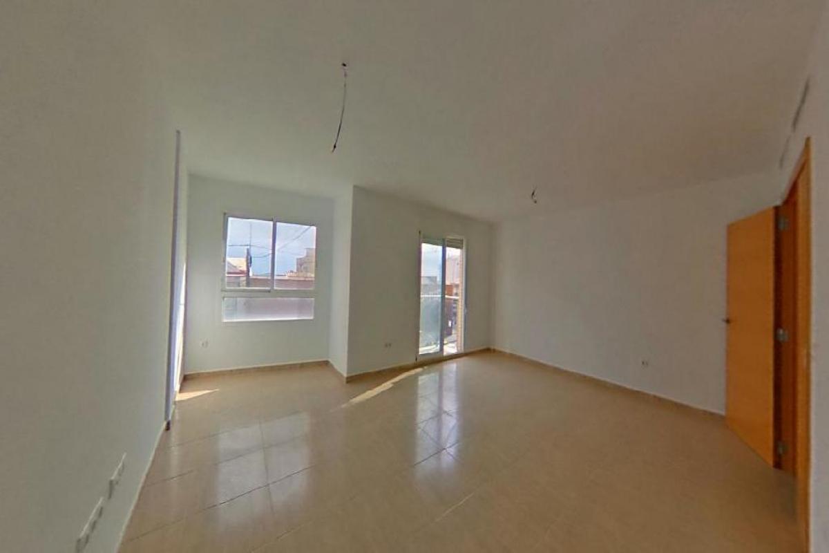 Piso en venta en Pego, Alicante, Calle Alcoi, 60.000 €, 3 habitaciones, 2 baños, 109 m2