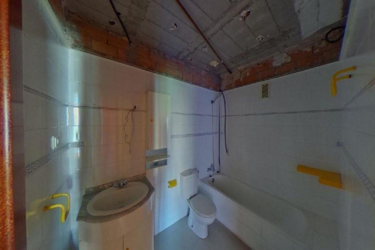 Piso en venta en Alicante/alacant, Alicante, Calle Biólogo Konrad Lorenz, 205.000 €, 4 habitaciones, 2 baños, 132 m2