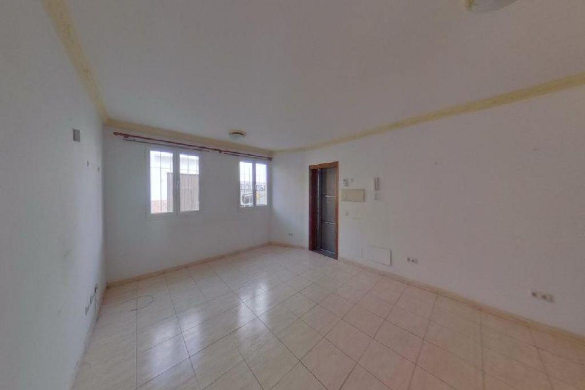 Piso en venta en Arrecife, Las Palmas, Calle Regulo, 106.000 €, 2 habitaciones, 1 baño, 71 m2