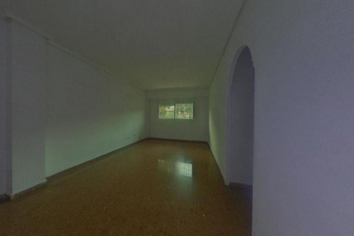 Piso en venta en Piso en Paterna, Valencia, 107.000 €, 4 habitaciones, 2 baños, 106 m2
