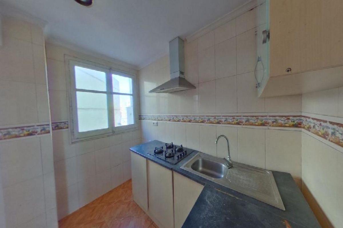 Piso en venta en Piso en Valencia, Valencia, 49.000 €, 3 habitaciones, 1 baño, 58 m2