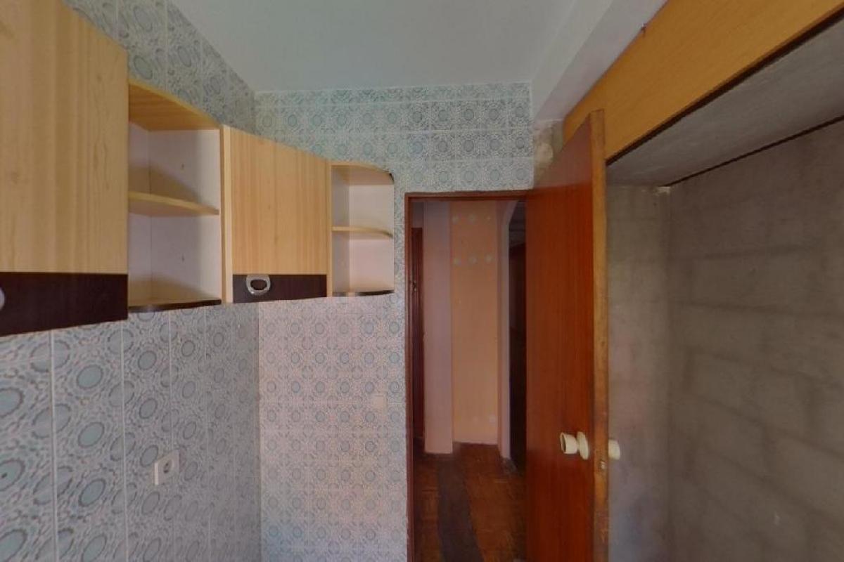 Piso en venta en Piso en Móstoles, Madrid, 112.000 €, 2 habitaciones, 79 m2