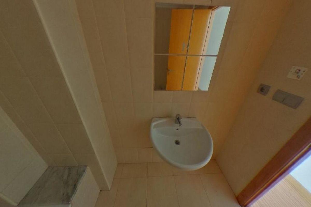 Piso en venta en Piso en Elche/elx, Alicante, 147.000 €, 3 habitaciones, 156 m2