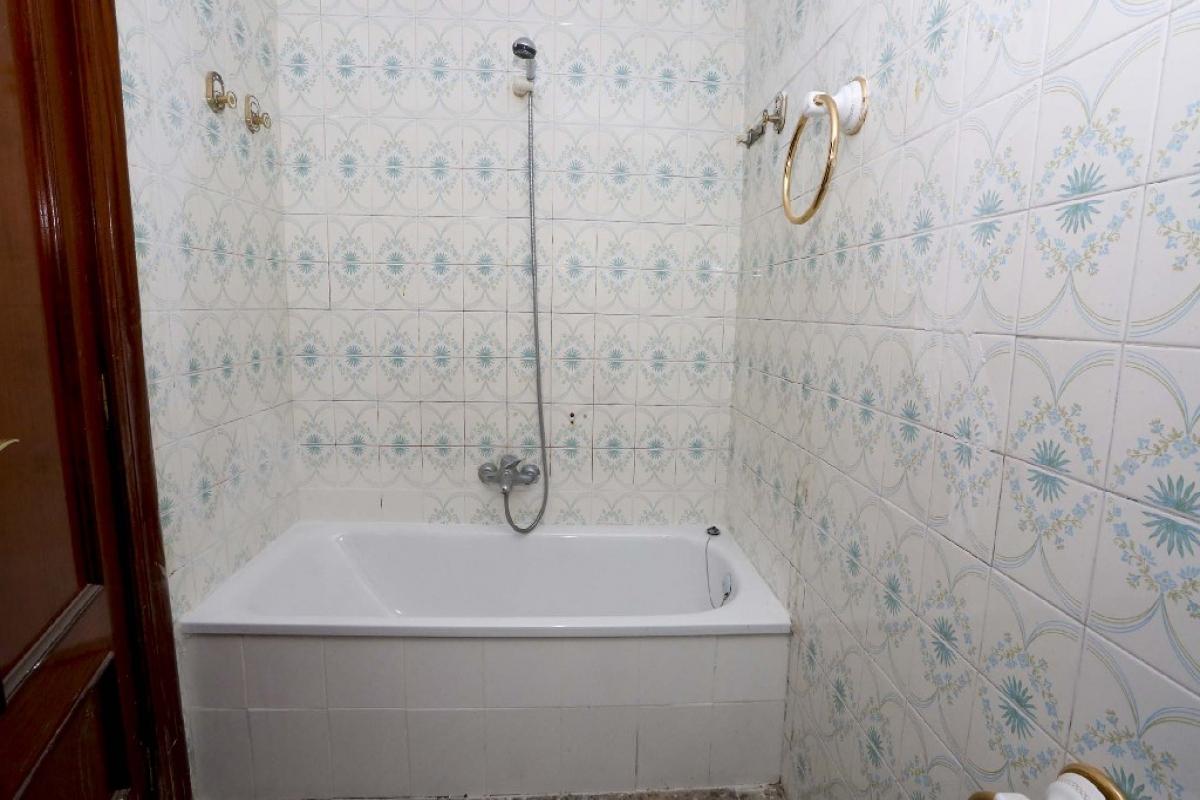 Piso en venta en Piso en Elda, Alicante, 68.000 €, 4 habitaciones, 106 m2