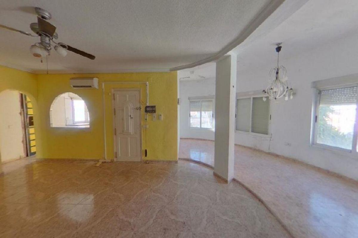 Casa en venta en Casa en Torrevieja, Alicante, 260.000 €, 3 habitaciones, 2 baños, 108 m2