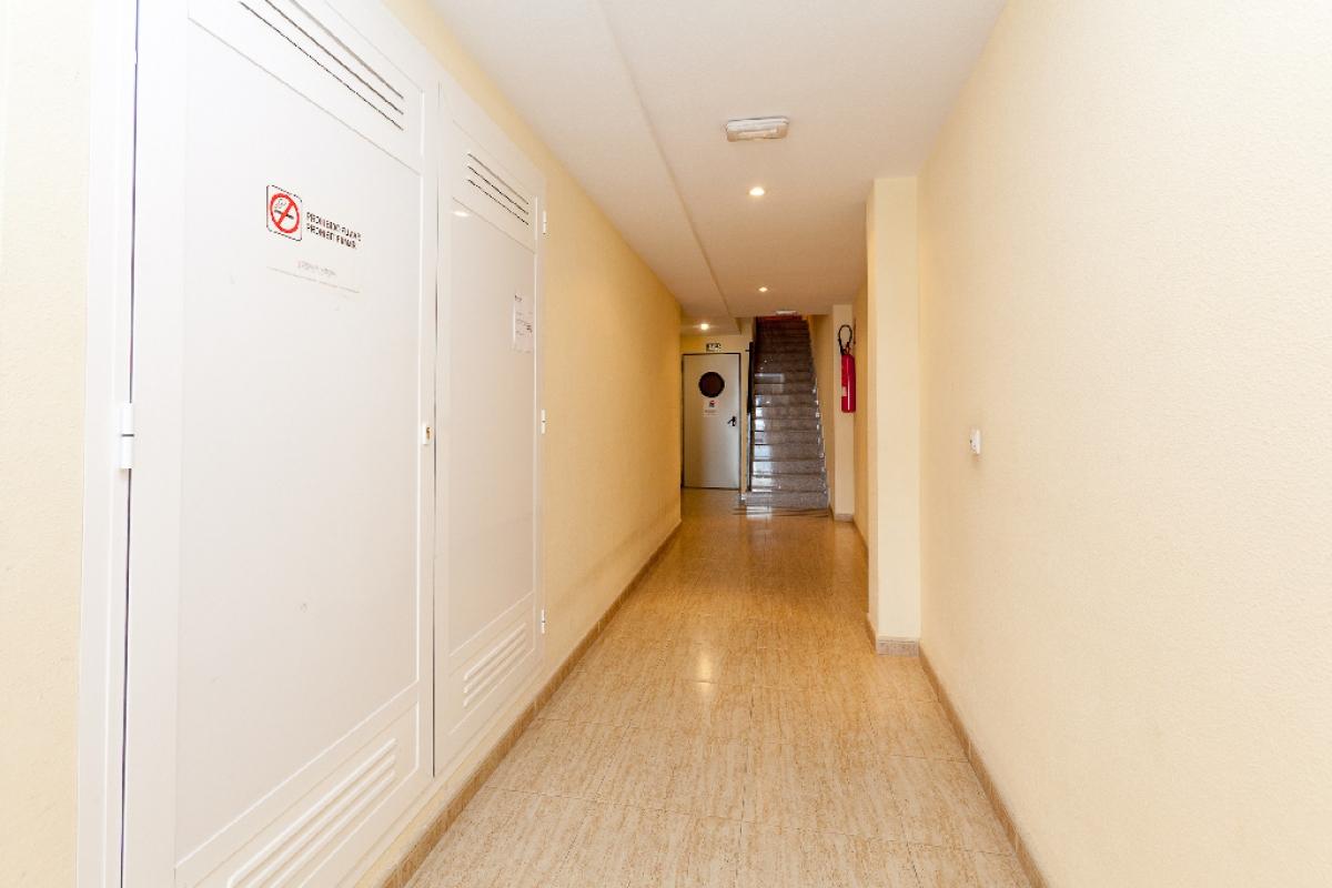 Piso en venta en Piso en San Vicente del Raspeig/sant Vicent del Raspeig, Alicante, 130.000 €, 4 habitaciones, 2 baños, 130 m2