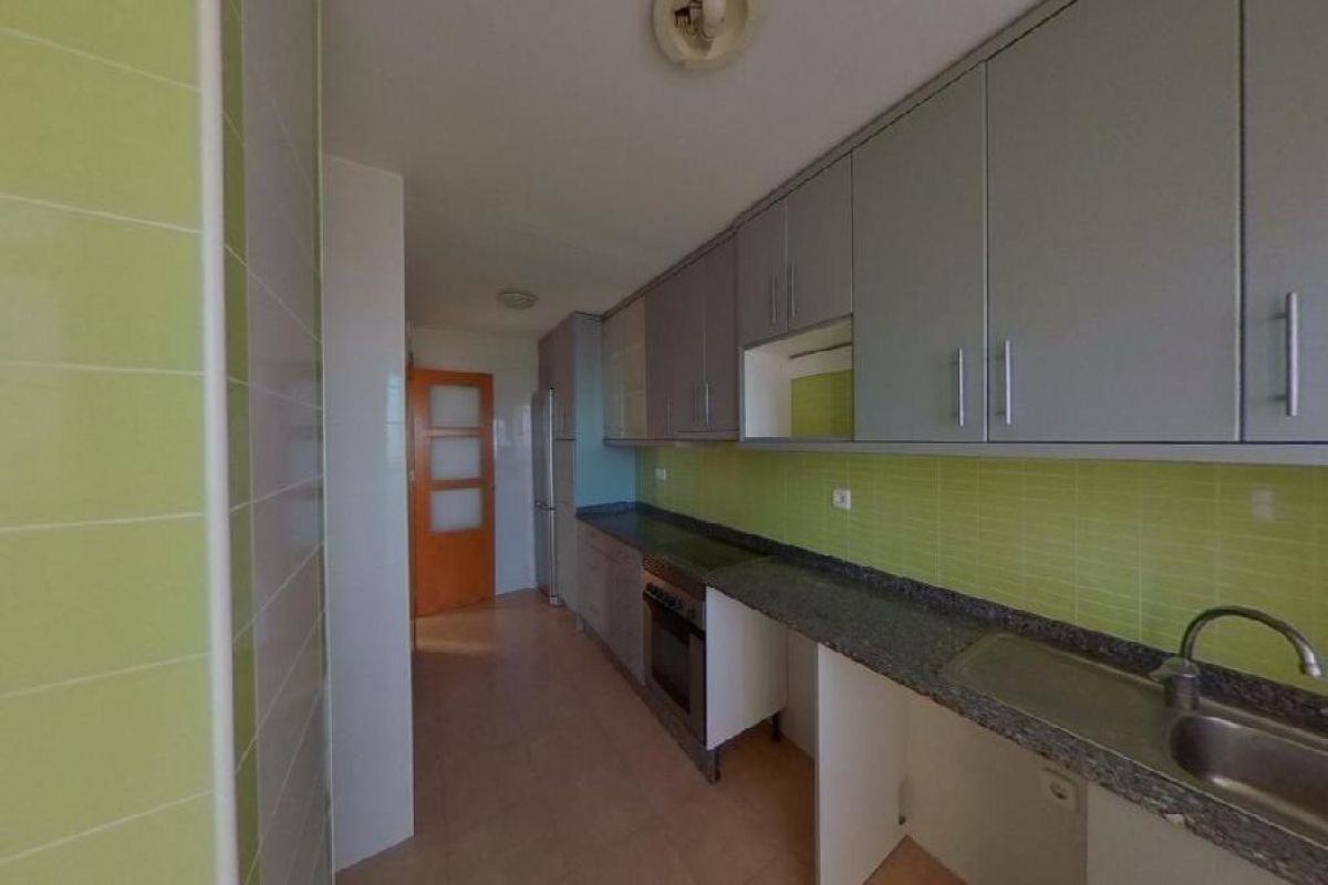 Piso en venta en Piso en Pilar de la Horadada, Alicante, 73.000 €, 3 habitaciones, 2 baños, 101 m2