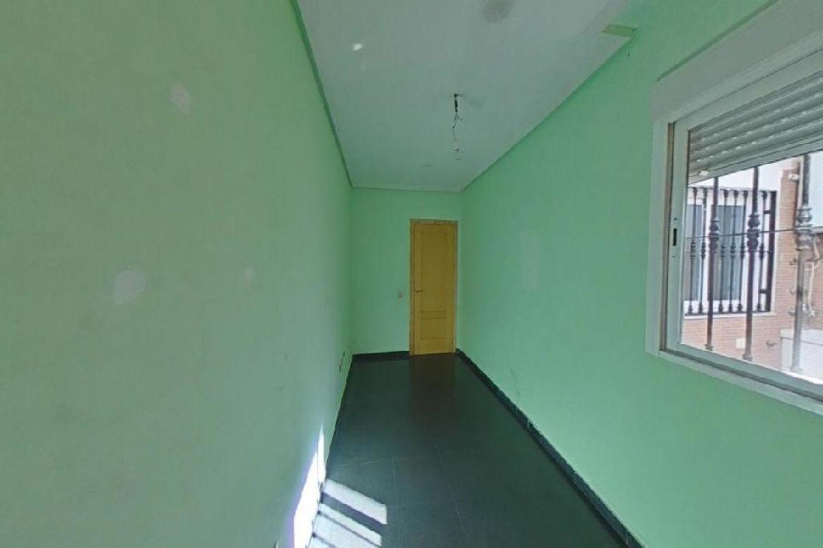 Piso en venta en Piso en Almería, Almería, 128.000 €, 4 habitaciones, 2 baños, 128 m2