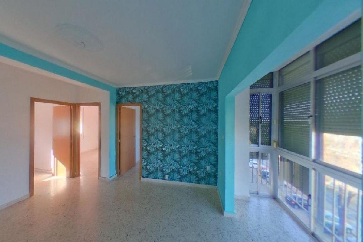 Piso en venta en Piso en San Fernando, Cádiz, 81.000 €, 4 habitaciones, 1 baño, 91 m2
