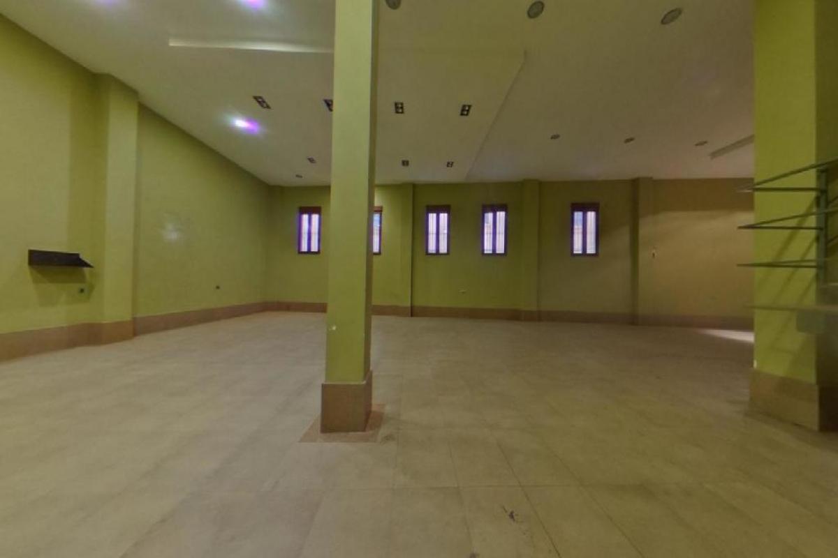 Casa en venta en Casa en Castellón de la Plana/castelló de la Plana, Castellón, 422.000 €, 5 habitaciones, 6 baños, 687 m2