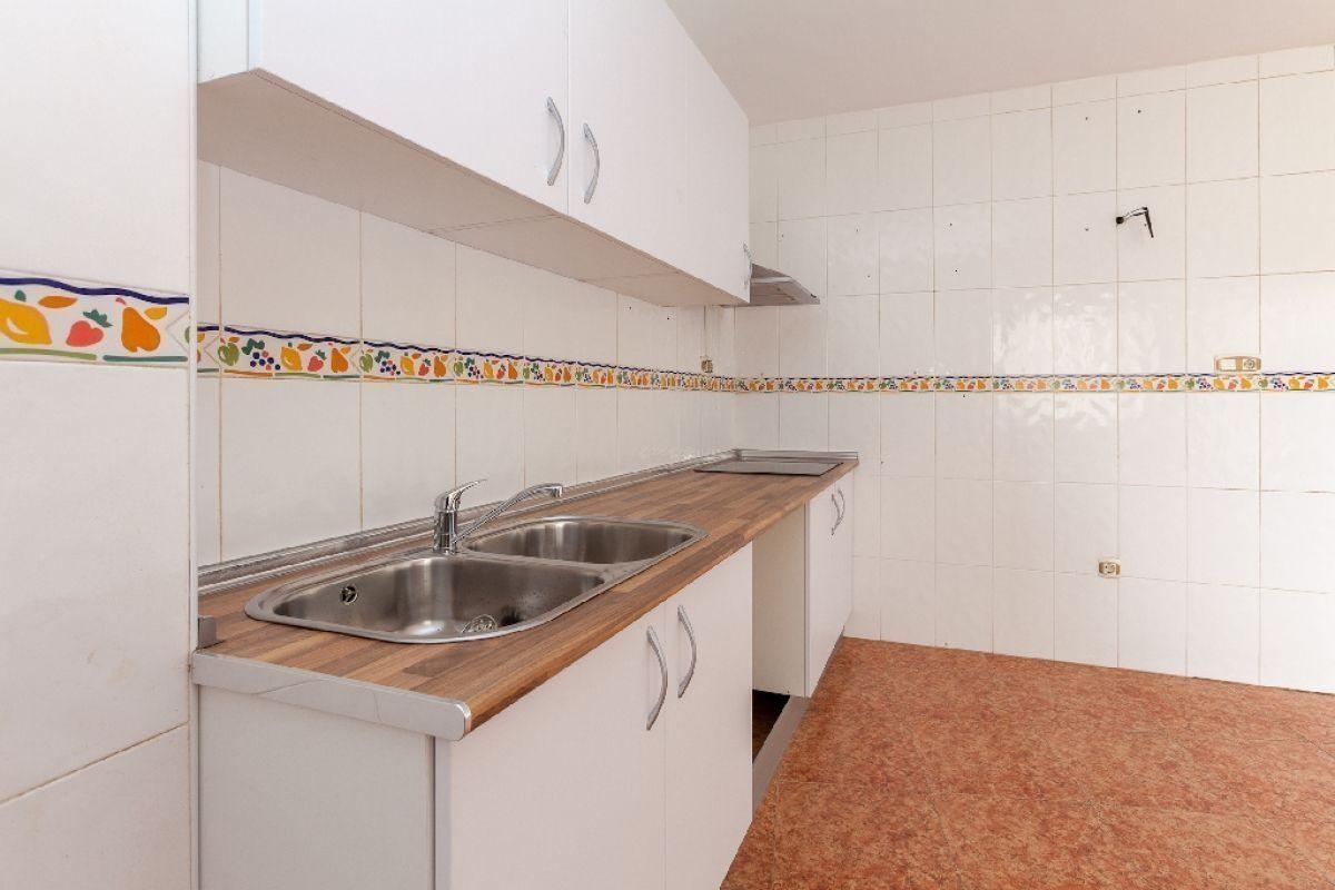 Piso en venta en Piso en Torre-pacheco, Murcia, 88.000 €, 2 habitaciones, 1 baño, 110 m2