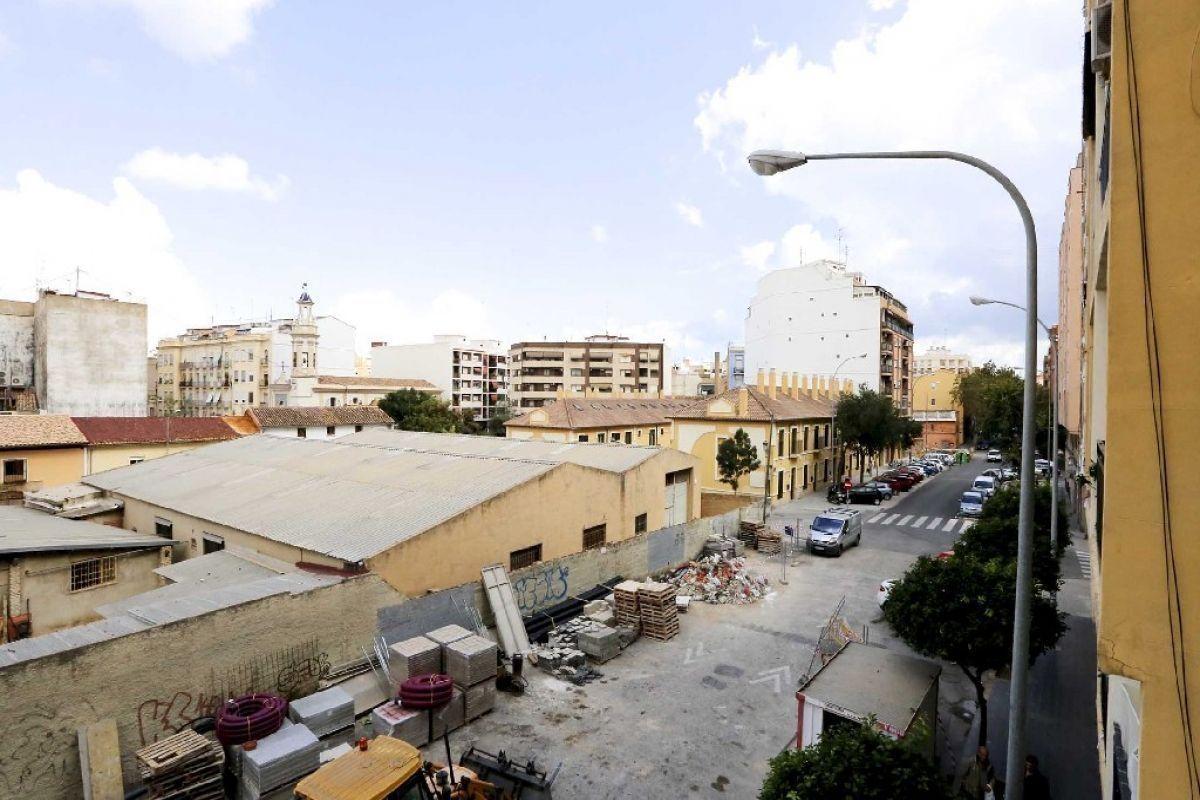Piso en venta en Piso en Valencia, Valencia, 119.000 €, 3 habitaciones, 1 baño, 101 m2