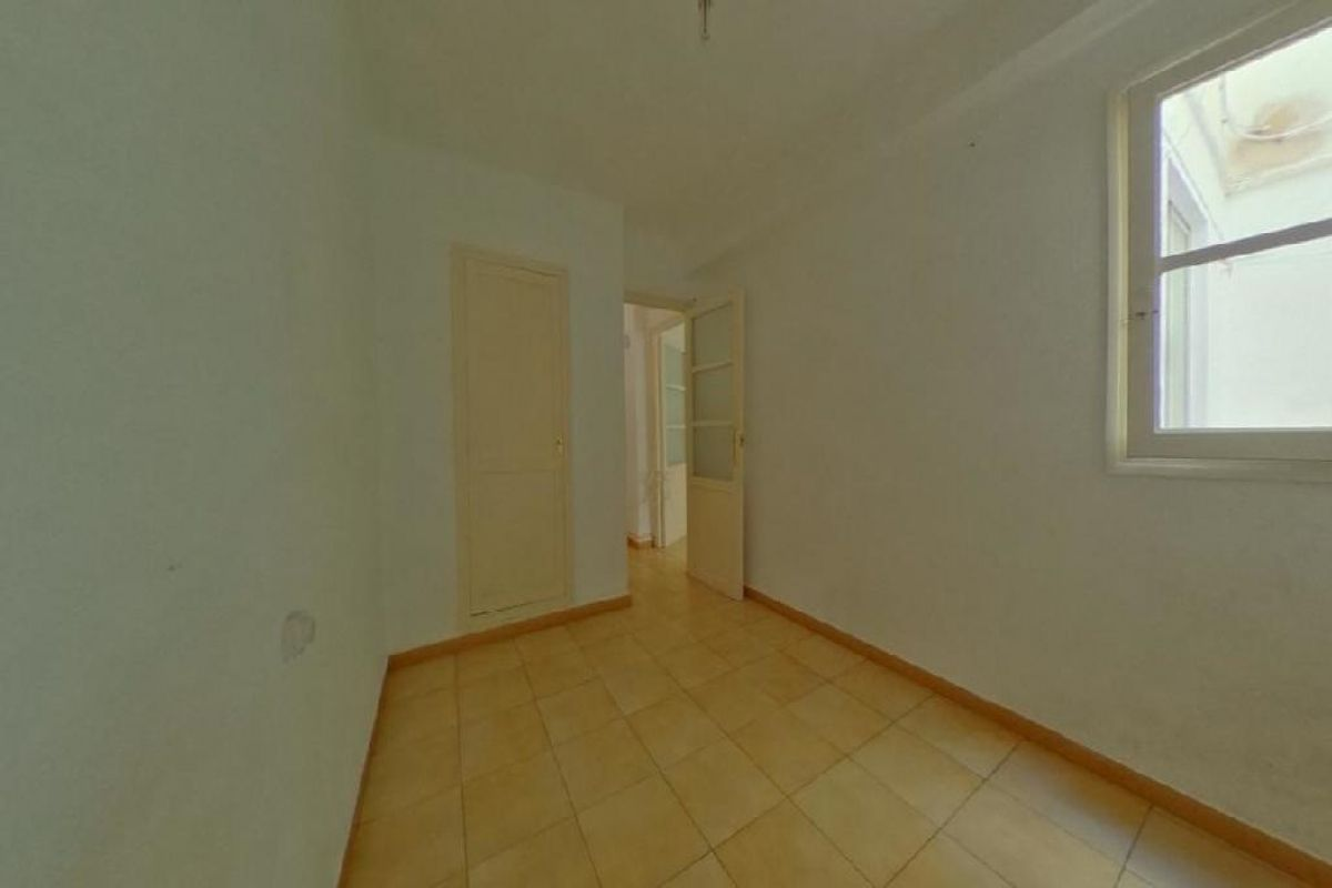 Piso en venta en Piso en Valencia, Valencia, 112.000 €, 4 habitaciones, 1 baño, 80 m2