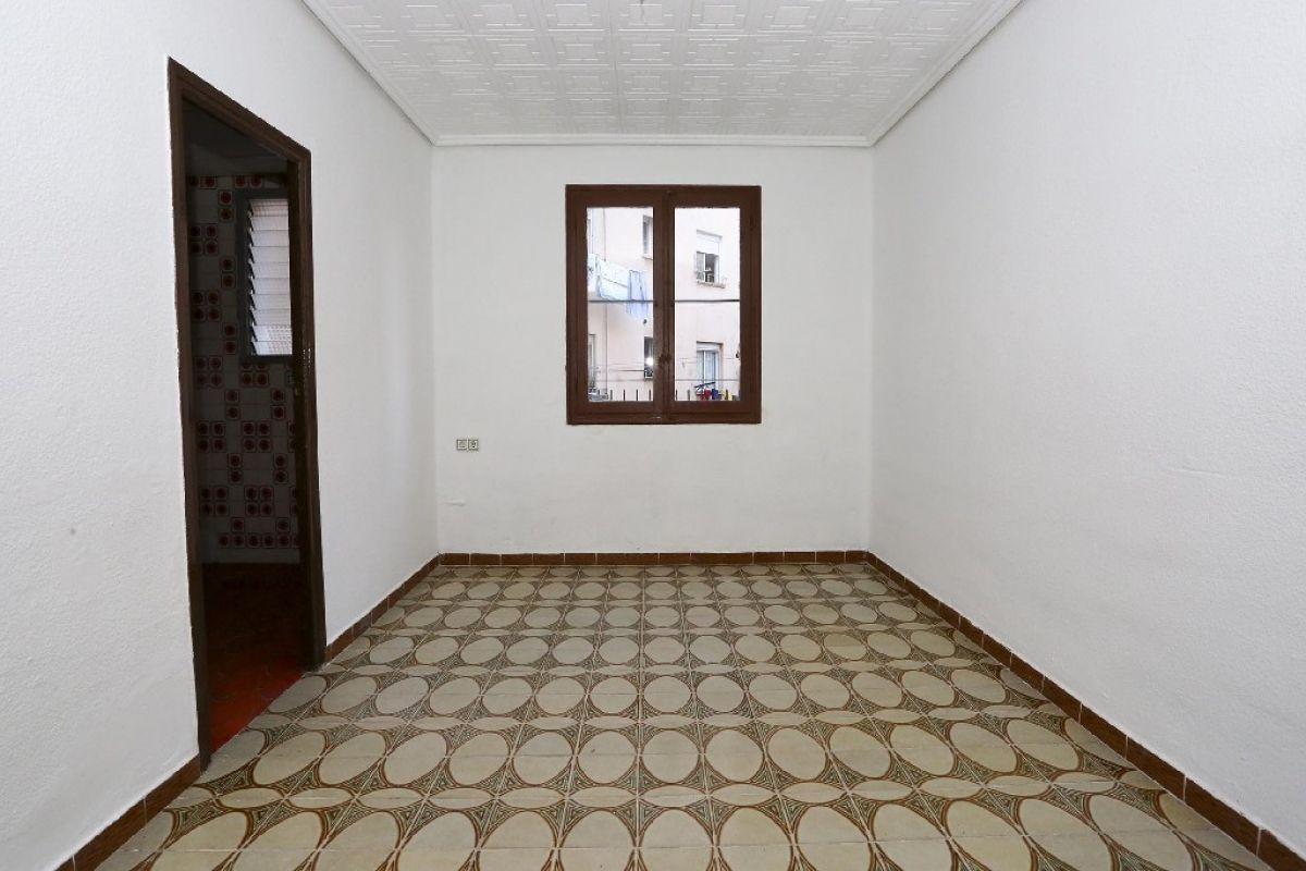 Piso en venta en Piso en Valencia, Valencia, 100.000 €, 3 habitaciones, 1 baño, 63 m2
