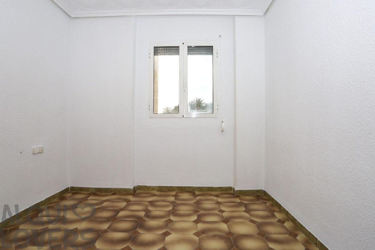 Piso en venta en Piso en Valencia, Valencia, 88.000 €, 3 habitaciones, 1 baño, 89 m2