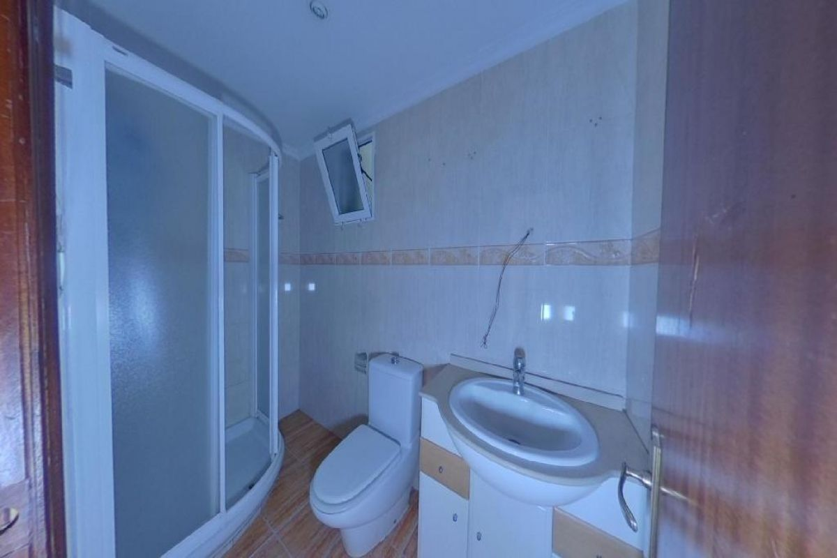 Piso en venta en Piso en Xirivella, Valencia, 48.000 €, 3 habitaciones, 1 baño, 70 m2