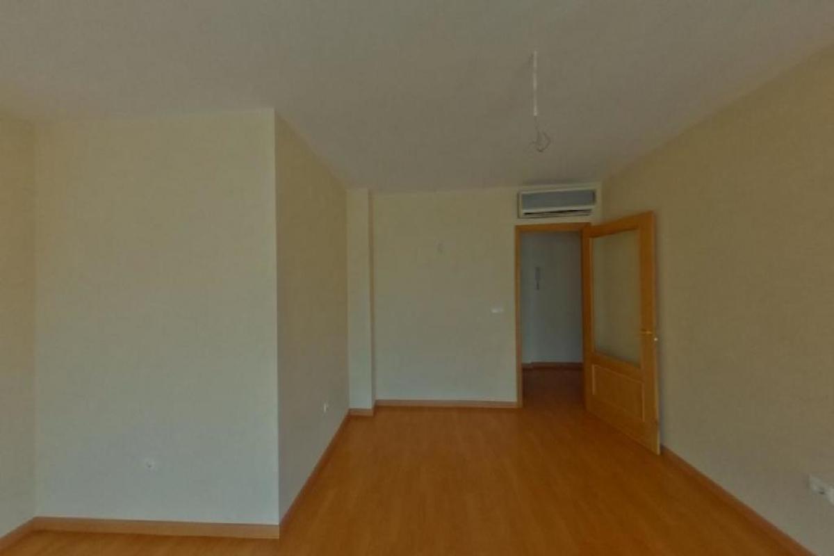 Piso en venta en Piso en Onda, Castellón, 84.000 €, 3 habitaciones, 123 m2