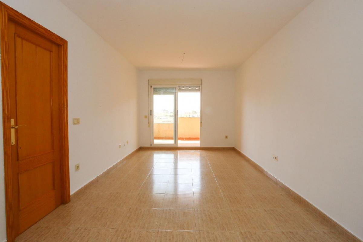 Piso en venta en Piso en Gandia, Valencia, 121.000 €, 2 habitaciones, 1 baño, 73,5 m2