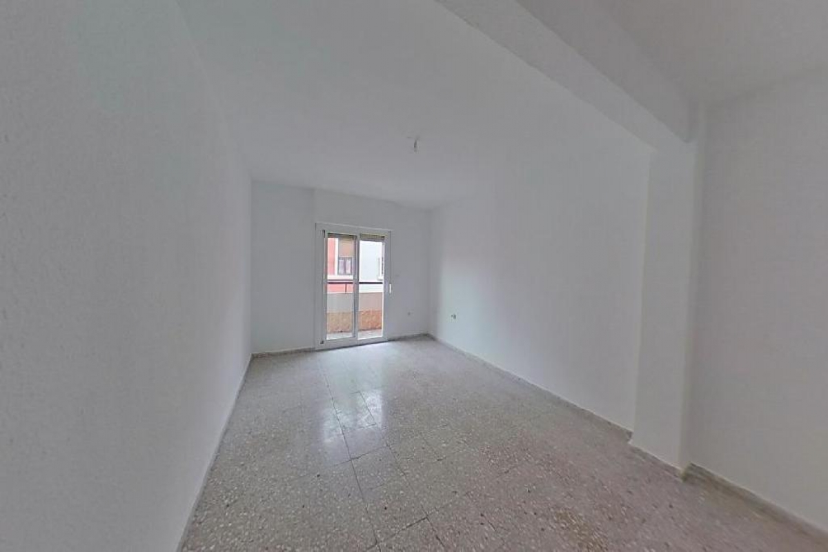 Piso en venta en Mutxamel, Alicante, Calle Corbi, 40.000 €, 3 habitaciones, 1 baño, 79 m2