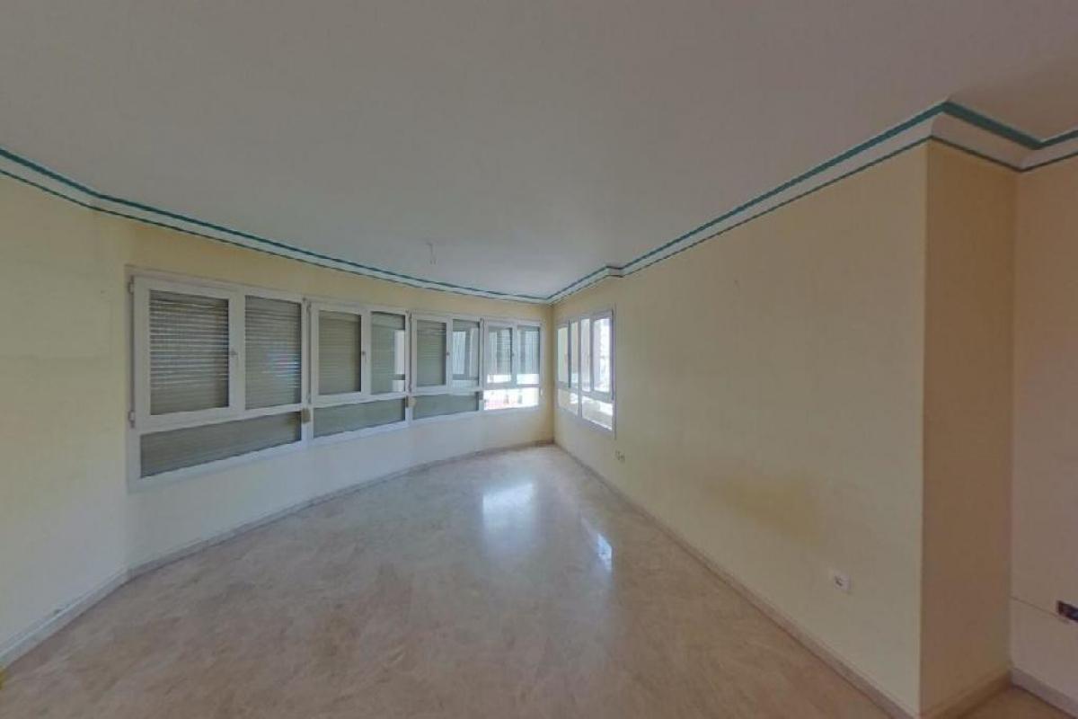 Piso en venta en Torremolinos, Málaga, Calle Rio Mesa, 255.500 €, 4 habitaciones, 2 baños, 192 m2