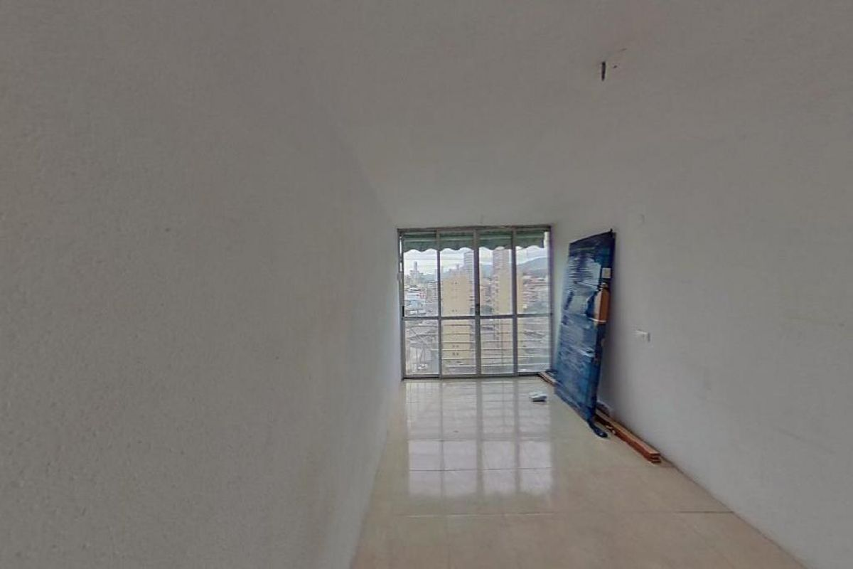 Piso en venta en Benidorm, Alicante, Calle Portugal, 30.000 €, 1 habitación, 1 baño, 30 m2